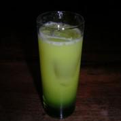 Children's song   ¥1,200 メロンリキュールとオレンジジュースを使った、どこか懐かしい味がするカクテルです。 (推薦・命名者:小幡オバジュン)