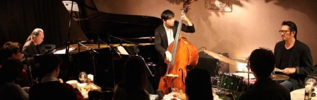 楽器が会話しどんどん発展するサウンド、ジャズの真髄