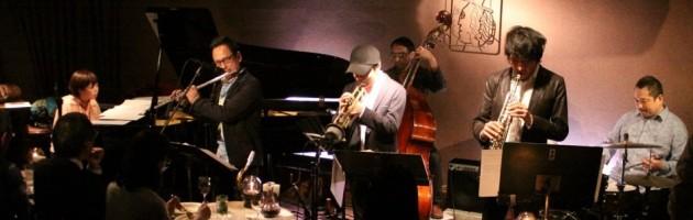 多彩なフロント3管でサウンドも彩り豊かな厚いジャズ