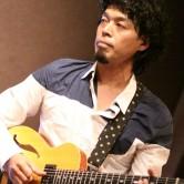 西藤ヒロノブ(g)