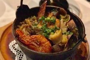 魚介類の炊き込みライス サフラン風味
