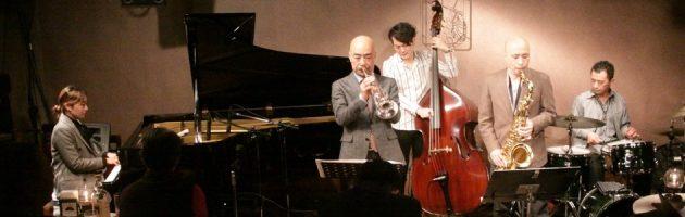 兄弟ならではのコンビネーションでジャズ黄金時代を思い出す選曲と演奏