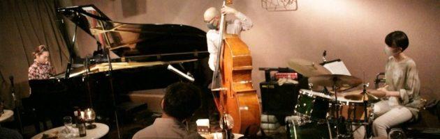 ピアノタッチも容姿も綺麗で温かく響くジャズサウンド